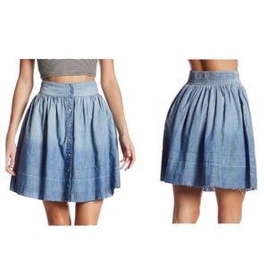 CURRENT | ELLIOT Flirt Snap-Front Chambray Skirt